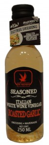 Roasted Garlic Seasoned Italian White Wine Vinegar Dressing & Marinade, De Nigris, UK